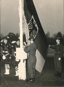 1958-4-Engl-Armee-Buwe-4