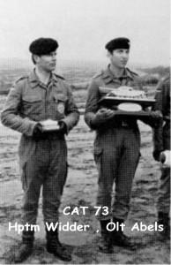 1973 Hptm Widder und Olt Abels bei der Siegerehrung