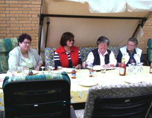 2005 Frauentreff auf der Terasse
