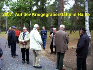 2007 2  Auf der Kriegsgräberstätte Halbe