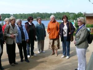 2008 Begrüßung durch Fremdenführerin